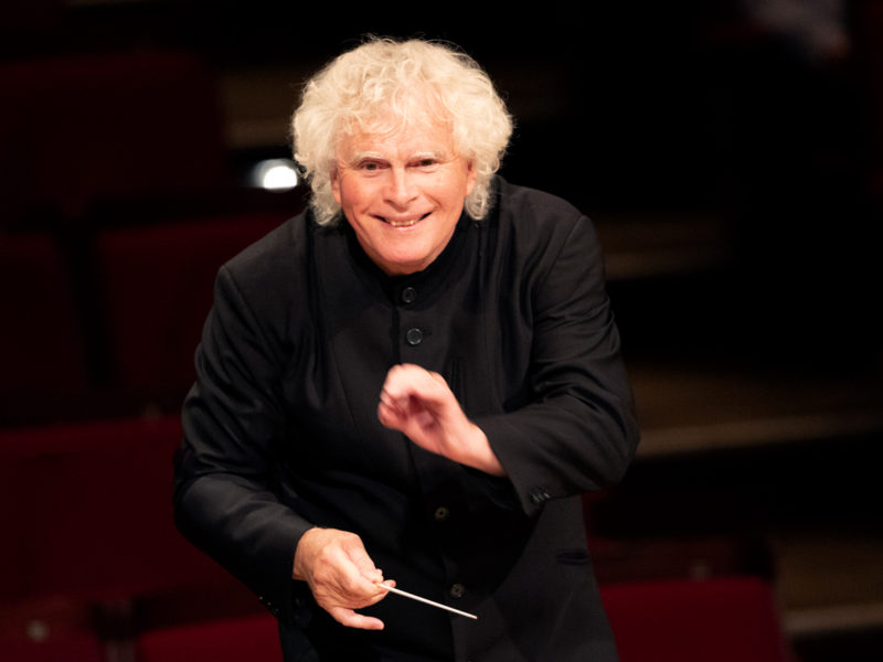 Sir Simon Rattle © Astrid Ackermann