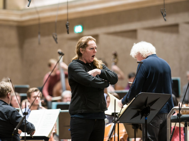 Eva Maria Westbroek & Sir Simon Rattle (c) Peter Meisel